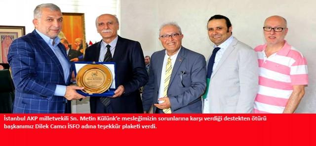Sayın Metin Külünk'e teşekkür plaketimiz